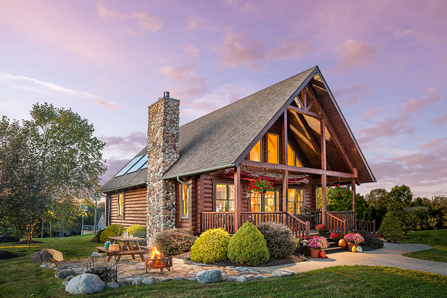 black fork log home from Hochstetler Milling