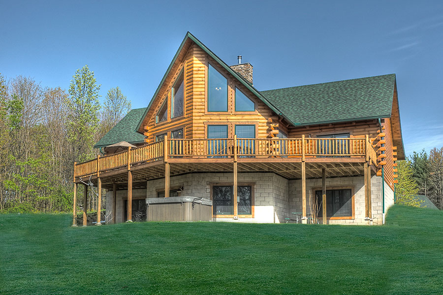 pleasant hill log home from Hochstetler Milling