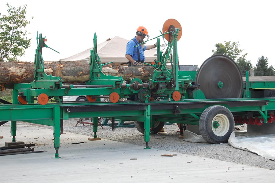 Log Cabin Days Saw Mill