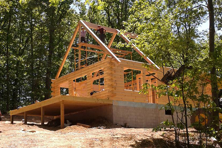 choosing the right builder for your log home