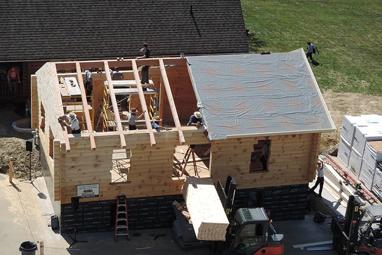 Hochstetler log homes log raising September 5 2020